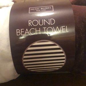 henri bendel Bath - Henri Bendel towel